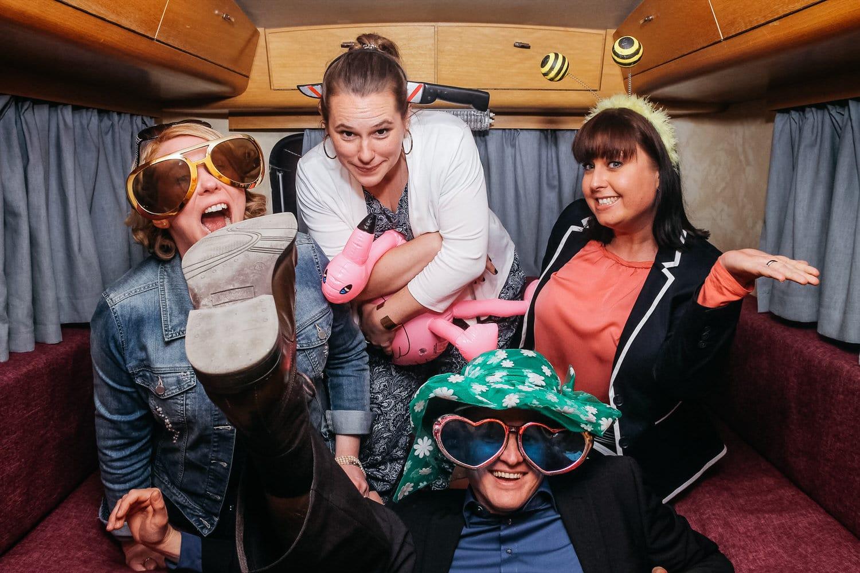 """Unsere mobile Fotobox im Caravan """"Lucie"""" - Hochzeitsparty"""