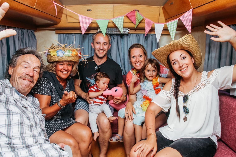 """Unsere mobile Fotobox im Caravan """"Lucie"""" - Gruppenfoto"""